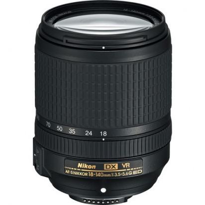 Объектив Nikon AF-S DX NIKKOR 18-140mm f/3.5-5.6G ED VR